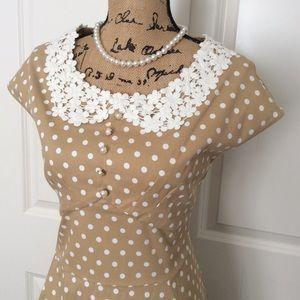 NEW.    Style vintage Polka dot dress